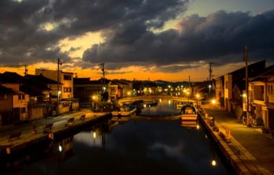 富山・新湊内川の夕方